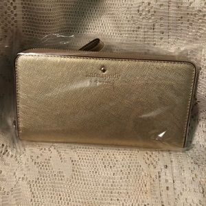 🎄🛍NWT KATE SPADE ♠️ GOLD SAFFIANO LEATHER WALLET